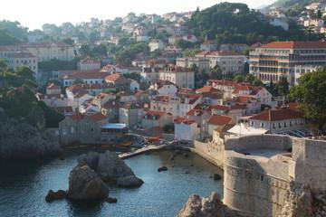Parte nueva o moderna de la ciudad de Dubrovnik, Croacia (Europa).
