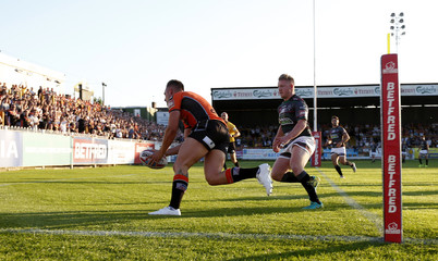 Greg Eden scores Castleford Tigers' first try