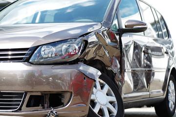 Unfallwagen, Autounfall