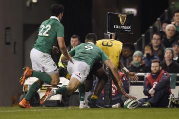 Australia's Tevita Kuridrani scores their second try