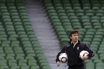 Sporting Braga's coach Domingos Paciencia attends a training session at Dublin Arena
