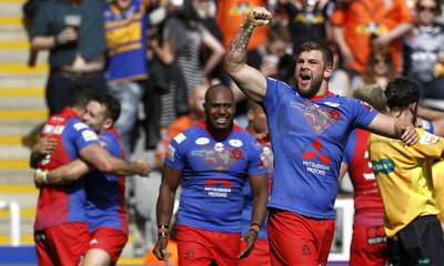 Salford Red Devils v Widnes Vikings - First Utility Super League