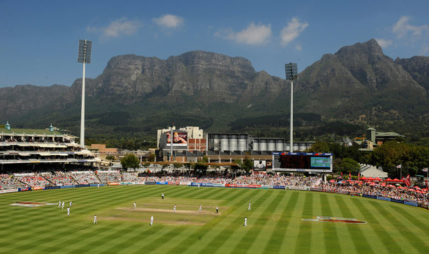 A general view with Table Mountain in the background during the third cricket test match between South Africa and England at Newlands