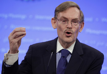World Bank President Zoellick speaks at an opening news conference of the spring International Monetary Fund (IMF)-World Bank meetings in Washington