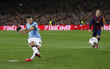 FC Barcelona v Manchester City - UEFA Champions League Second Round Second Leg
