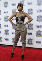 Keri Hilson arrives at the 2010 VH1 Hip Hop Honors in New York City