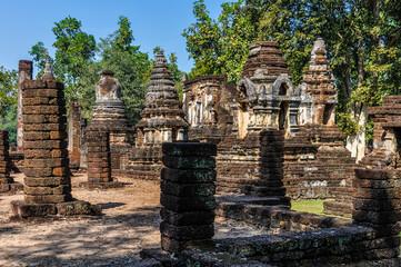 Wat Chedi Chet Thaeo in Si Satchanalai, Thailand