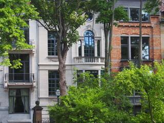 Grünes Brüssel: Alte Stadtvillen unter Bäumen