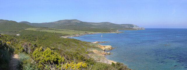 Cap corse, plage de Tamarone, chemin des douaniers