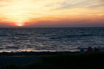 Sonnenuntergang an der Ostsee in Schleswig-Holstein