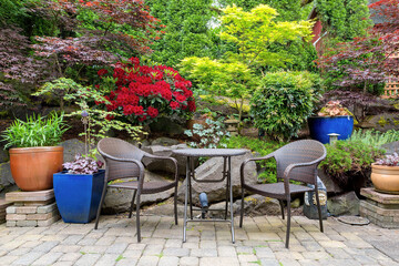 Garden Backyard Landscaping with Bistro Furniture spring season