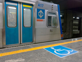 International symbol of access in brazilian subway station