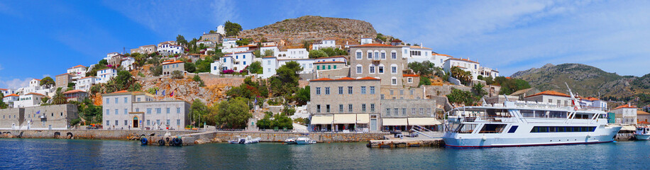 Photo of picturesque island of Hydra on a spring morning, Saronic Gulf, Greece