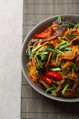 wok noodles with mushrooms