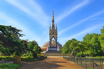 Prince Albert Memorial, Hyde Park area, London, UK