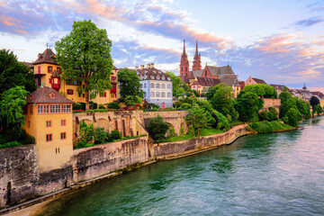 Basel Old Town with Munster cathedral and Rhine, Switzerland Fototapete