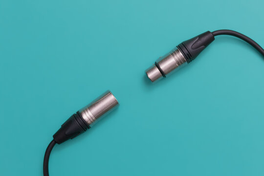 XLR cable microphone connector