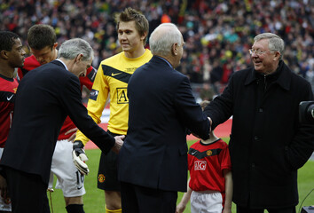 Aston Villa v Manchester United Carling Cup Final