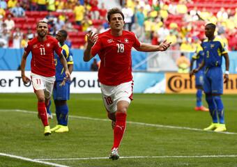 Switzerland v Ecuador - FIFA World Cup Brazil 2014 - Group E