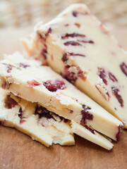 cheese with cranberry