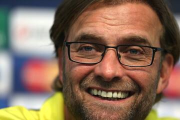 Borussia Dortmund Press Conference & Training