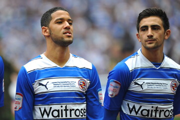 (L-R) Jobi McAnuff and Jem Karacan - Reading lineup before the game
