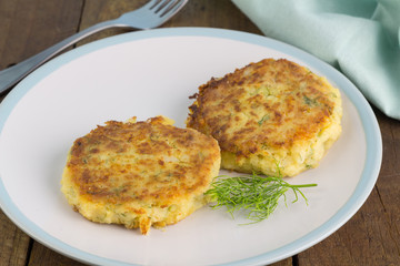 Fish cakes with dill