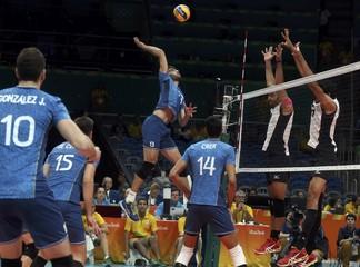 Volleyball - Men's Preliminary - Pool B Argentina v Egypt