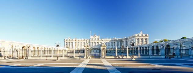 Foto auf Acrylglas Madrid Morning light at Palacio Real , Madrid