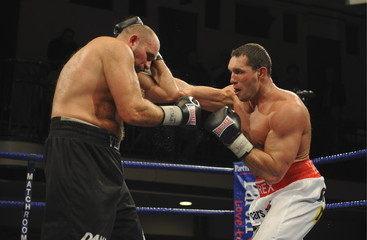Albert Sosnowski v Paolo Vidoz European Heavyweight Championship