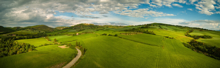 Poster Heuvel Beautiful panorama landscape of waves hills in rural nature, Tuscany farmland, Italy, Europe