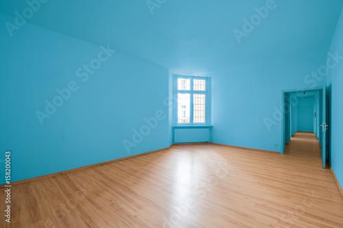 Leeres Zimmer, Blaue Wand   Neu Renoviert