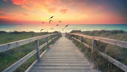 Blick zum Strand am Meer, Sonnenuntergang