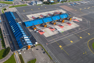 Keuken foto achterwand Luchthaven TALLINN, ESTONIA - AUGUST, 15, 2016: Aerial view of airport terminal and gates.