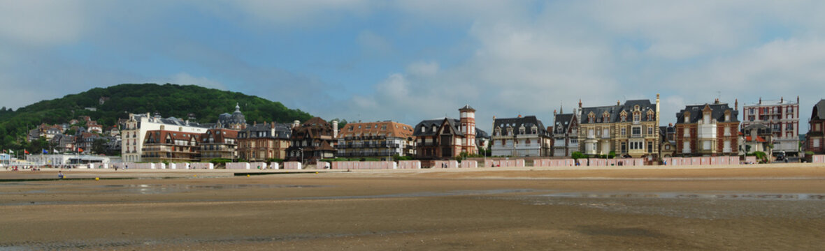 Panorama de la plage de Houlgate, Normandie, France