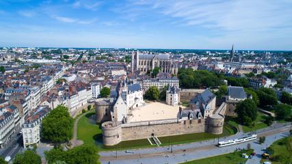 Photographie aérienne du château des Ducs de Bretagne, à Nantes, Loire Atlantique, France Wall mural