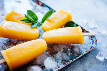 Mango-Bananen-Eis am Stiel - Popsicles 03