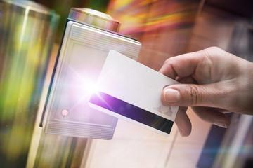 badge sécurité contôle accès vigipirate identité autorisation entrée identification passage main
