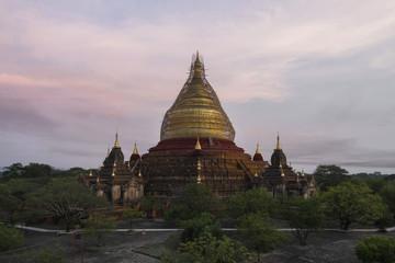 Dhammayaziga Pagoda, Bagan, Myanmar