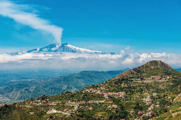 Smoking Mount Etna Volcano from Taormina, Sicily Fototapete