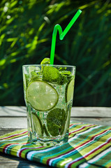 Refreshing drink with lime and mint.