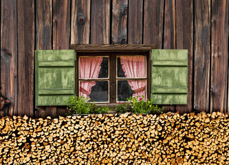 Fenster auf der Alm