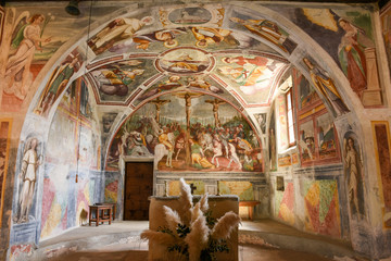The paintings of the romanesque church of St. Bernard