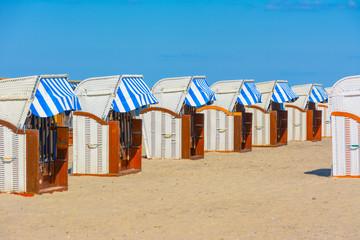 Fototapete - Timmendorfer Strand Strandkorb Nordsee Urlaub