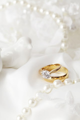 wedding rings, engagement ring with diamond