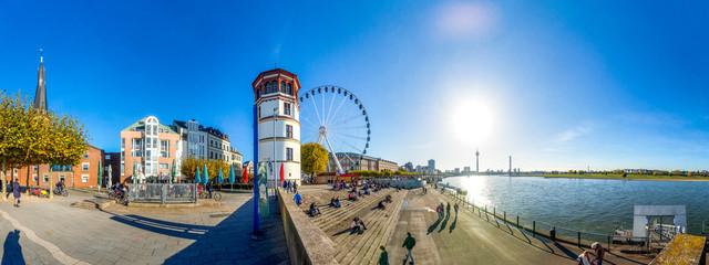 Düsseldorf, Rheinpromenade