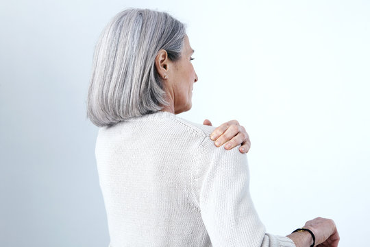 Shoulder pain in an elderly person