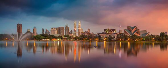 Foto op Canvas Kuala Lumpur Kuala Lumpur Panorama. Cityscape image of Kuala Lumpur, Malaysia during sunset.