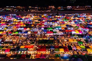 タイ・バンコクのナイトマーケット
