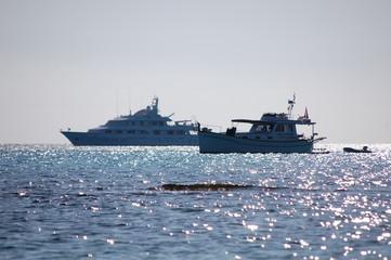 Wall Murals Shipwreck Mallorca - Sa Coma Spanien